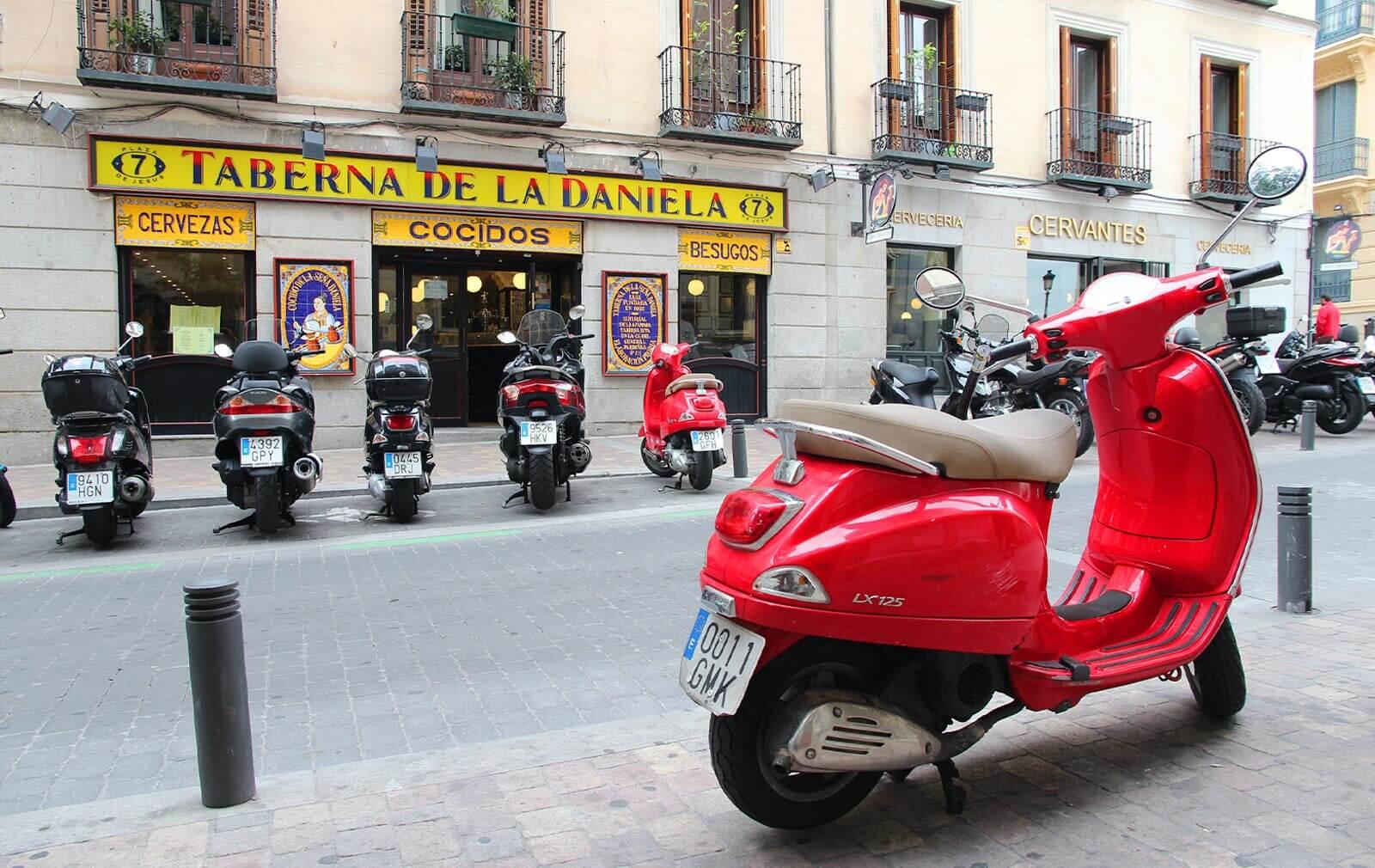 estacionamiento de motos en madrid central
