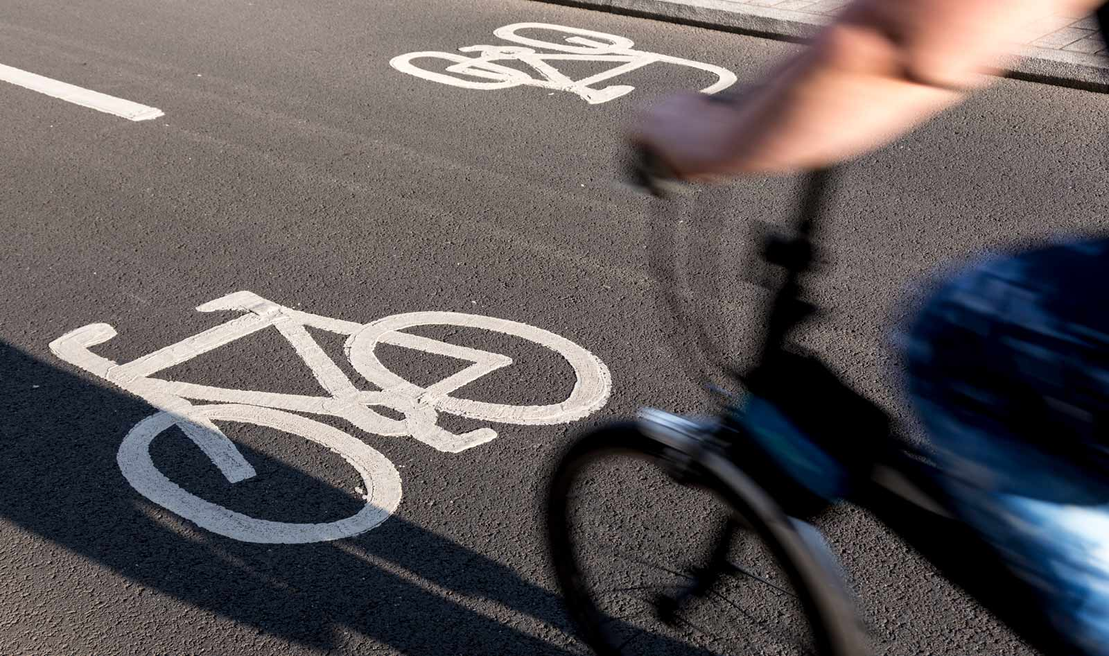 conoce las normas de circulacion para ciclistas