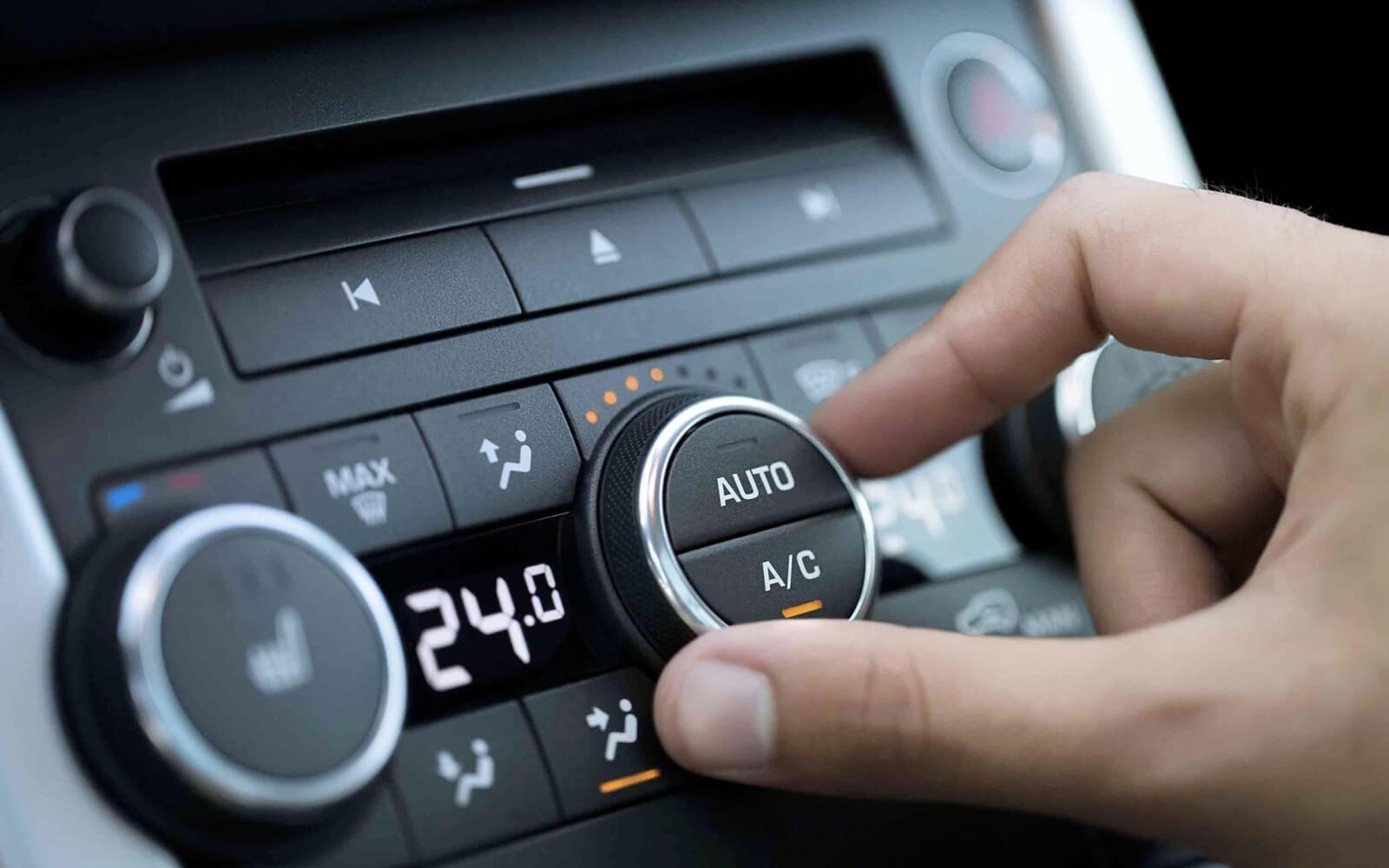 Ahorra gasolina con el aire acondicionado y la calefacción