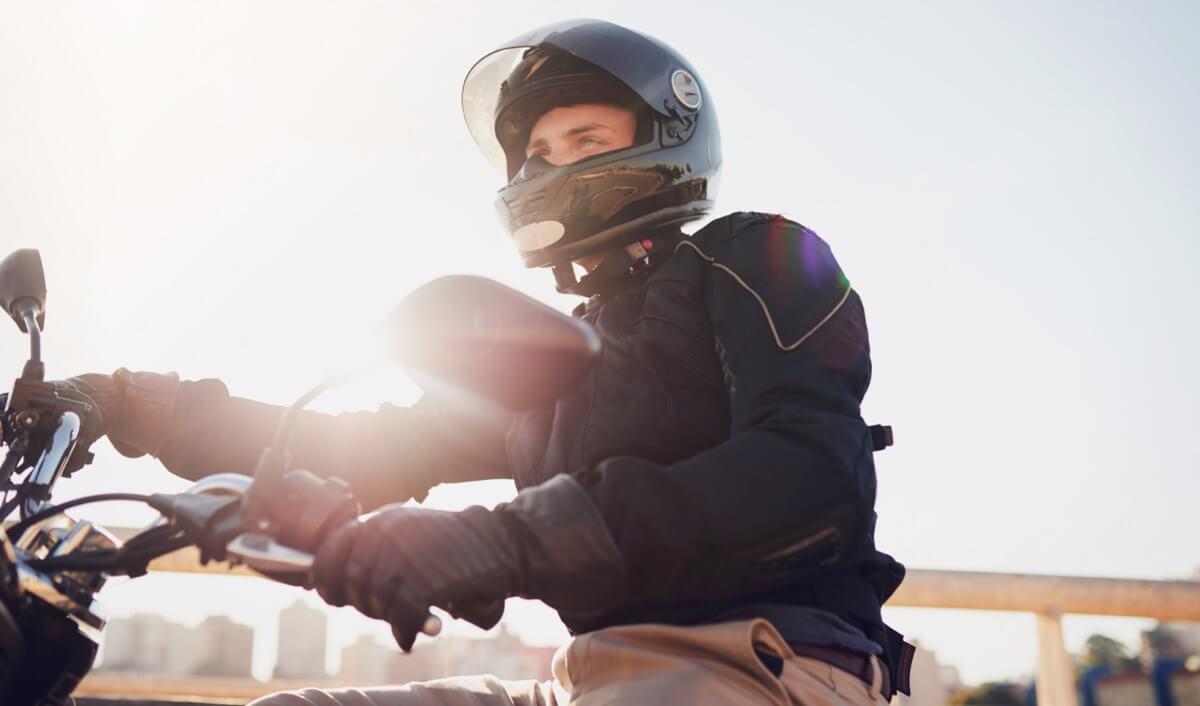 Cómo se puede conducir a partir de la Fase 1 en Madrid las motos