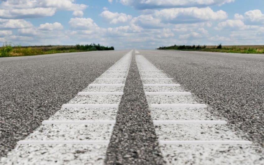 Guías sonoras de abandono de carril: evitando salidas de la vía