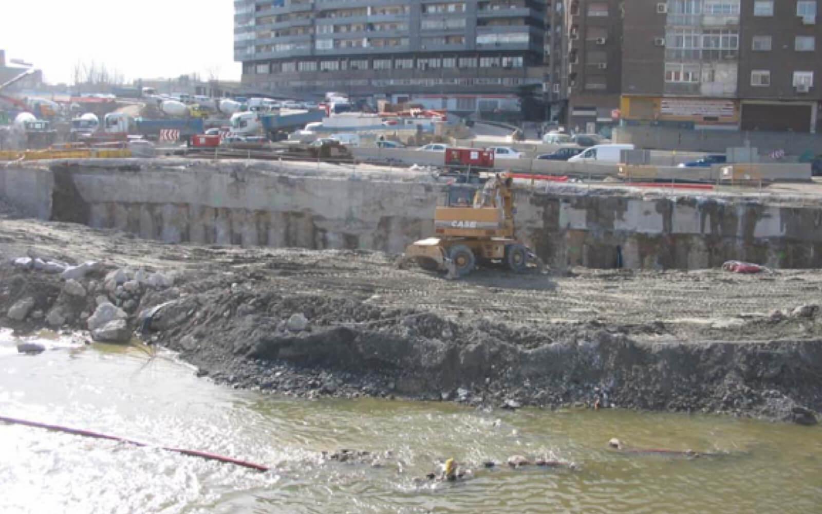 Excavación del túnel durante su construcción febrero 2007